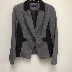 Tribal | Fitted Sleek Silhouette Blazer